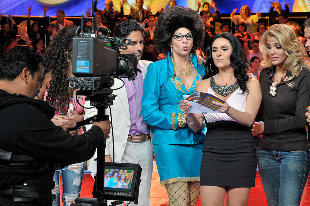Raul,-Tere,-Penelope-y-Malillany,-TV-Millones